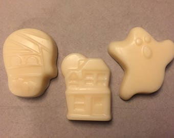 3 Halloween Banana Bread scented Soy Wax Melts