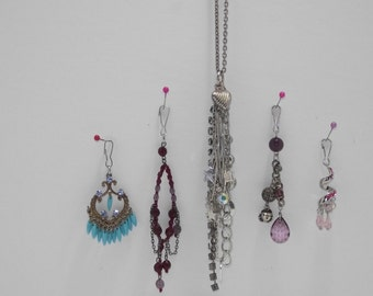 5 in 1 Multi-charm necklace with 4 interchangable clip-on colors. Jewelry. Silver, black, turquoise, red, pink, purple. Rhinestones ++..#180