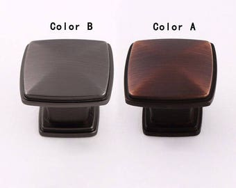 Vintage European-style Furniture Hardwares - Antique Metal Knobs and Pulls /Dresser Pulls /Chest of Drawers Knobs /Cabinet Hardwares  D046-2