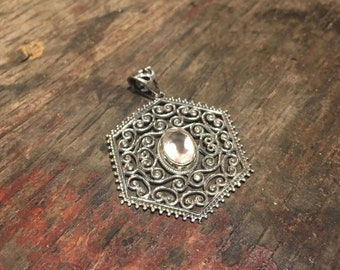 925 Silver Pendant with Rose Quartz Crystal
