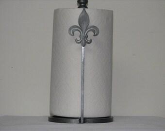 Fluer De Lis papertowel holder