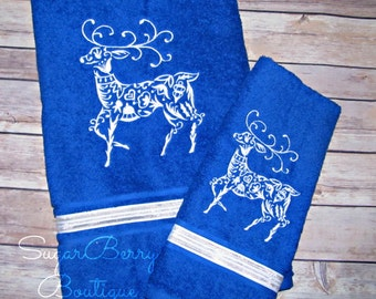 Christmas Towels Reindeer Towels Holiday Bath Decor Embroidered Christmas Towel Set