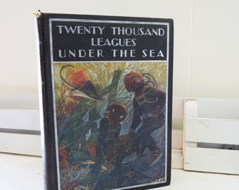 Vintage  20,000 Leagues Under the Sea Jules Verne 1933 Windermere Series Rand McNally with Illustrations