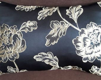 Black cushion large RECTANGLE and mordore