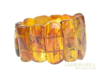 Amber bracelet. Baltic amber with insect. Inclusion Bracelet. Honey amber color, polished. Natural amber beads.  1648