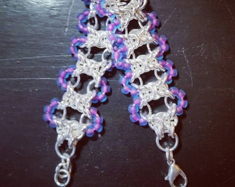 Beaded chainmaile bracelet, Olivia weave