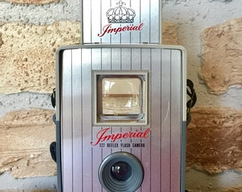 Vintage camera -:- Imperial 127 Reflex Flash Camera - 1959 - Excellent Working Condition - Pseudo Twin Lens Reflex - TLR