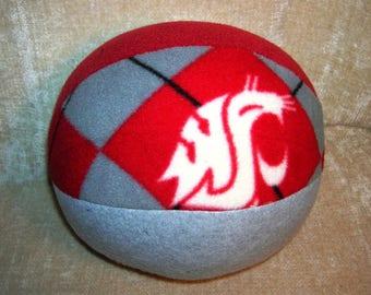 Pacific NCAA Washington universities polar fleece balls _ UW, WSU