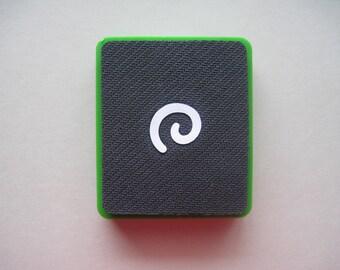 Sizzix original die -- SMALL SWIRL -- Green die. Gently used.