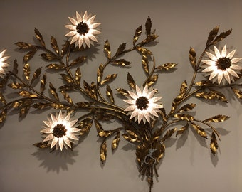 Floral Cream and Gold Mid-Century Italian  Wall Sconce with 5 Lights - Made in Italy