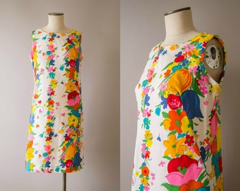 vintage 1960s dress / 60s cotton floral shift dress / medium