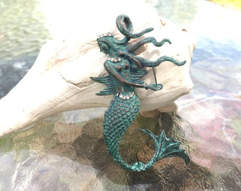 Mermaid pendant with two pins to hold drilled beads in. Patina plated. (PD01P) (beads not included ) Original design and new arrival!