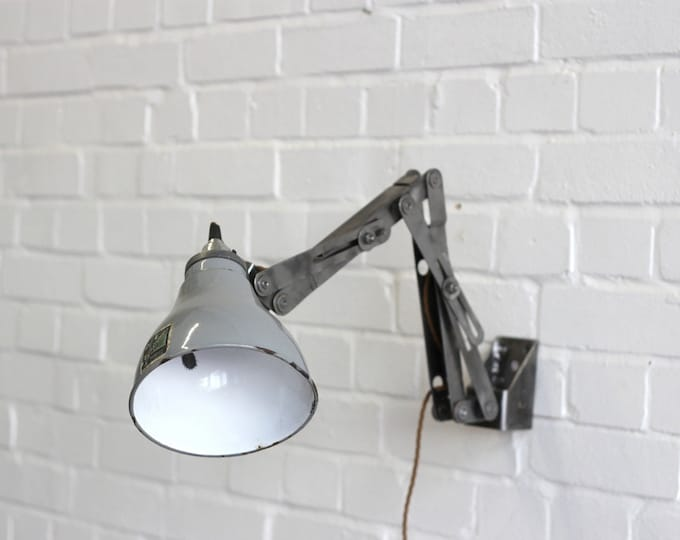 Rare Vintage Industrial Wall Mounted Task Lamp By Benjamin Circa 1950's
