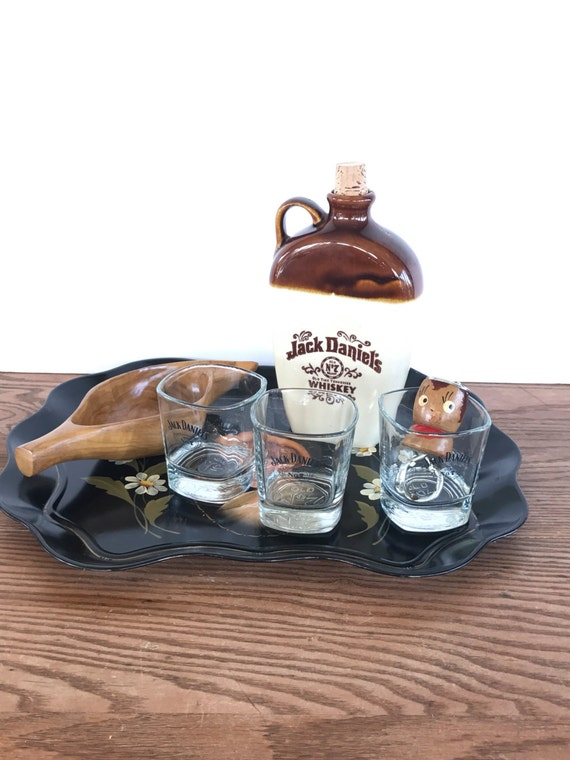 vintage jack daniels gift tray jug glasses wood bowl bottle. Black Bedroom Furniture Sets. Home Design Ideas