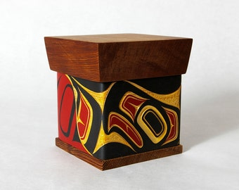 Modern Steam-Bent Box Native First Nations Eagle Red and Yellow Cedar Hand-Carved