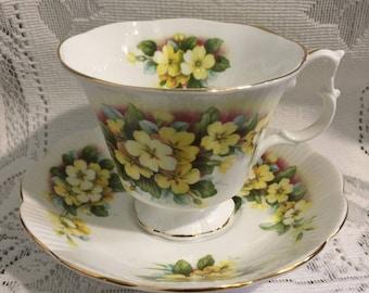 Vintage ROYAL ALBERT Fine Bone China Tea Cup & Saucer - Primrose