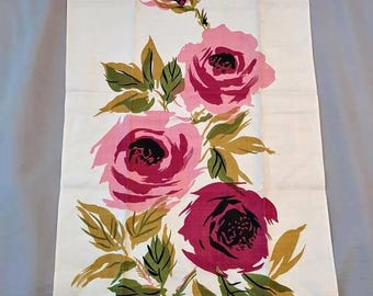 1960s Leacock Rose Print Linen Tea Kitchen Towel