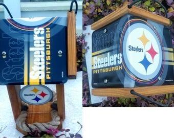 Pittsburgh Steelers Two-Sided Cedar Bird Feeder (N-Series)