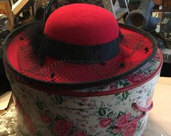 Vintage Hat and Hatbox, Very Cool, Vintage, Good Shape