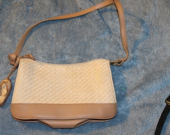 Vintage Etienna Aigner Purse, Theme is Beach and the Ocean, There is a Sandle Attached to it, It is a Weave, One Handle Very Good Condition