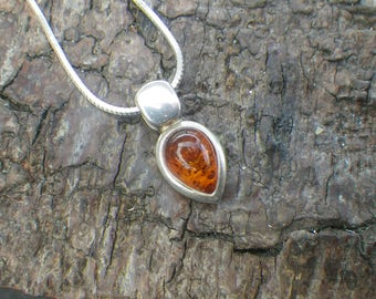 Sterling Silver Teardrop Amber Necklace Pendant Chain