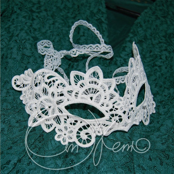 Machine Embroidery Design Venetian Mask Free Standing Lace