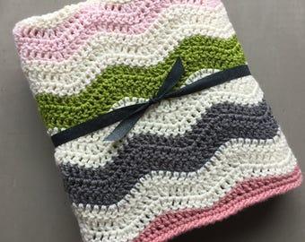 Crocheted baby blanket, striped blanket, ripple baby blanket, baby gift, blanket, stroller blanket, gift idea