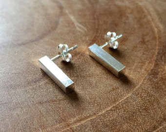 Bar Studs - earstuds - silvertone - minimal, trendy, stainless steel, earrings, bar earrings, minimalistic, minimalism