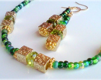 Green Beaded Necklace Set, Green Necklace, Green Czech Beaded Necklace, Green Earrings, Green Dangles, Multi Color Green, Vintage Style