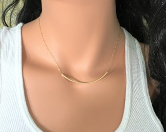 Delicate Bar Necklace // Gold Bar Necklace // Curved Bar Necklace // Bar Choker // Bar Necklace // Delicate Jewelry // Delicate Bar Necklace