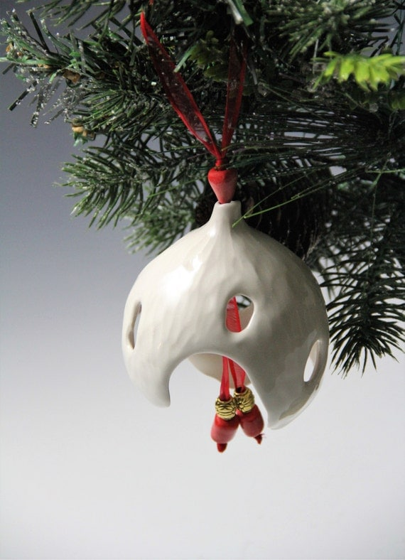 Ceramic ornament// Christmas tree ornament // Hand made round white ornament // Елочная игрушка ручной работы/ Porcelain Christmas tree ball