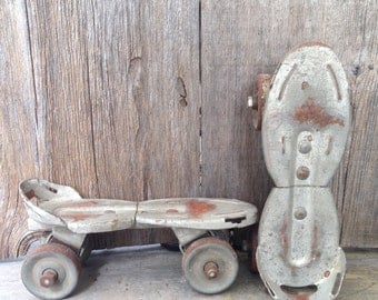 Vintage adjustable roller skates