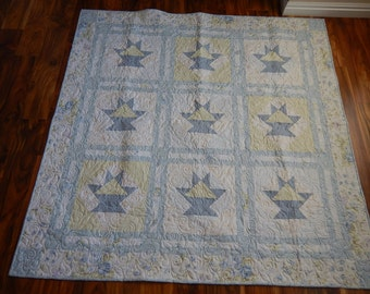 Quilt - Wall Hanging Quilt in Star Pastels - Pastel Blue, Violet, Green - Square Quilt - Soft and Relaxing