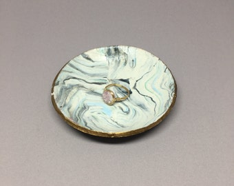 Marbled Ring Dish // polymer clay ring dish, trinket dish, marble ring dish, gift for her, stocking stuff, jewelry display