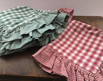 Vintage chair pillow cases Set of 4 Chair pads Red green checkered chair pillow cases Country kitchen chair pads