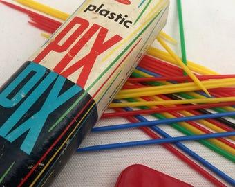 Vintage Whitman Plastic Pix-Pix Pickup Stick Game