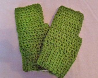 Green fingerless gloves; fingerless mittens; fingerless gloves; Green gloves; Green fingerless mitts; Green crochet fingerless gloves