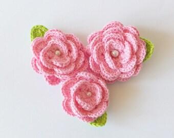 Crochet flower pins - Crochet flower brooch - Pink roses - Flower appliques - Crochet Roses - Set of 3 Flower Pins - Rose brooch