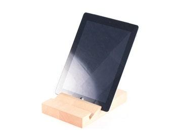 iPad stand - Pine