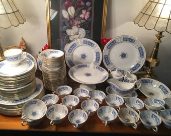 C.1960 Coalport Revelry Dinner service for Twelve. 100 pieces.