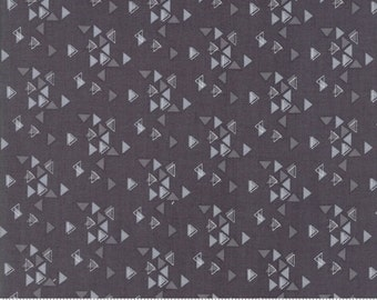 SPECTRUM Triangles in Grey Scale by V and Co for Moda