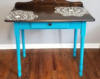 Little Teal Table