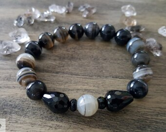 10MM Banded Agate Bracelet and Onyx Healing Crystal Bracelet, Chakra Bracelet, Gemstone Bracelet