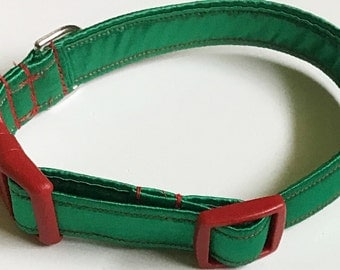 Red & Green Satin Christmas Collar For Dogs And Cats