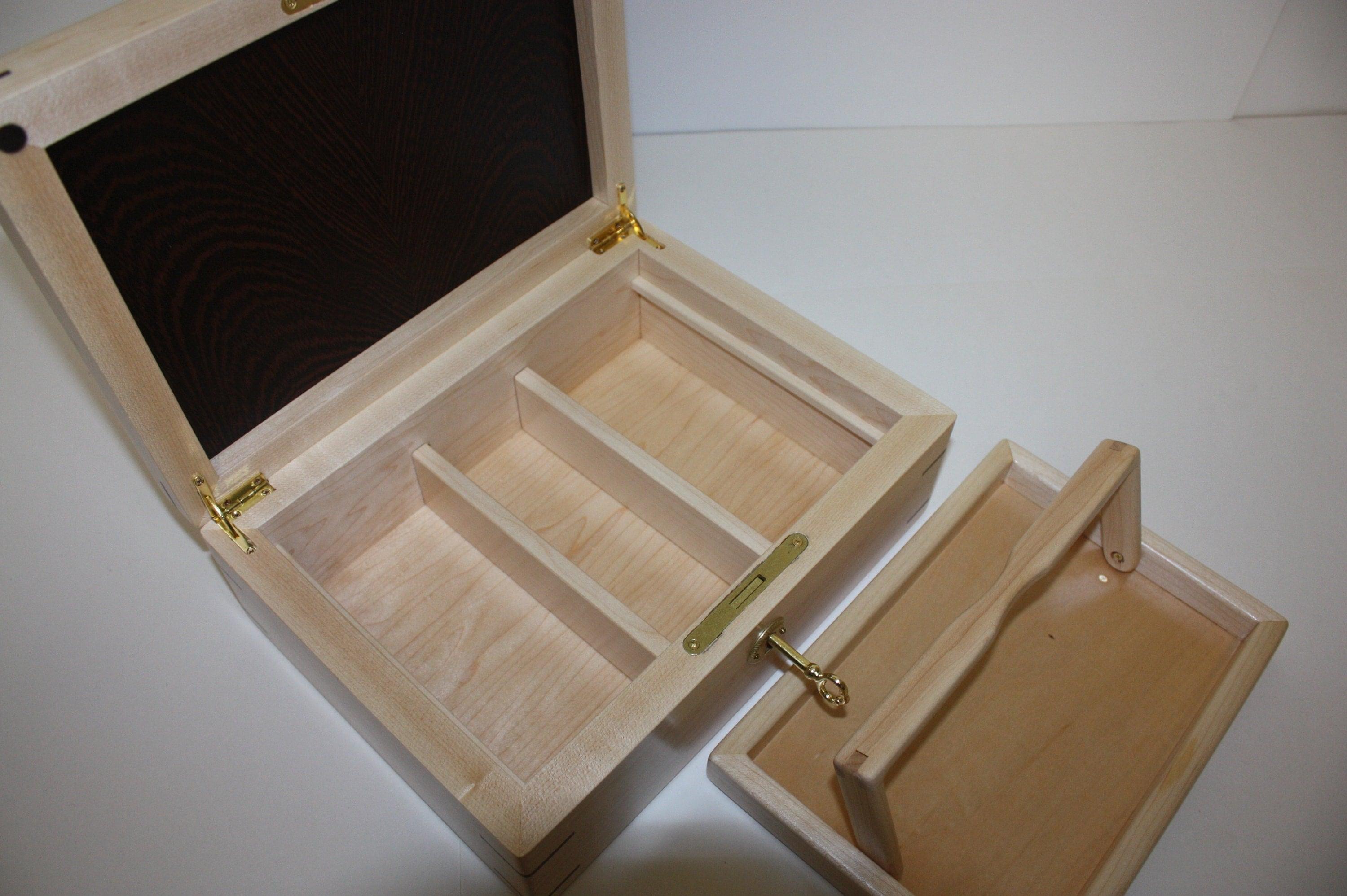 Maple Locking Box with Lift Out Tray and Dividers