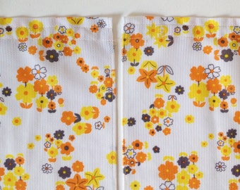 Retro Curtains, 1960u0027s Curtains With Orange And Yellow Flower Power Print,  Vintage Kitchen Curtains