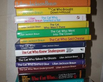 22 Hardcover Lillian Jackson Braun books