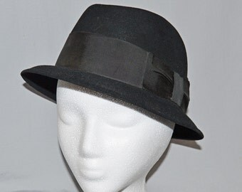 Vintage Dobbs Fifth Avenue Black Fur Fedora or Trilby - Cushion-Aire, Guild Edge, size 7