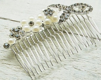 Large Pearl & Sparkles Flower Comb