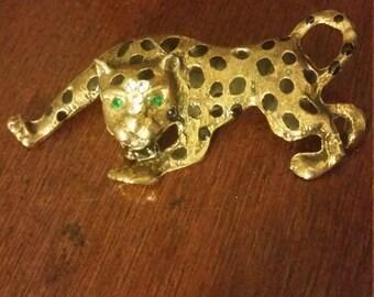 Vintage Leopard brooch green gem eyes gold tone, vintage brooch, leopard brooch, cat jewelry